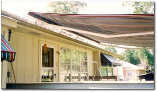 Content_Awning_Retractable